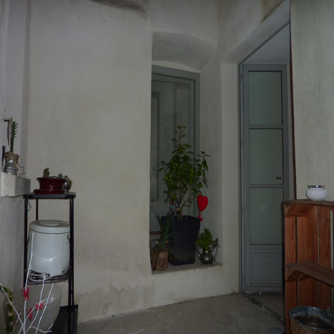appartement-viviers-investissement-patio-extérieur